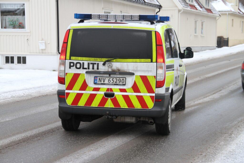 politibil2_d8b0-1024x683.jpg